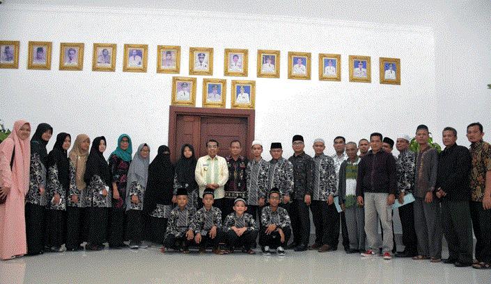 16 Khalifa Deliserdang di Ajang STQ XV Provinsi Sumut Dilepas Wakil Bupati