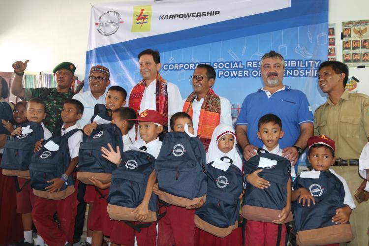 KPI Salurkan Bantuan Pendidikan ke SDN 065010