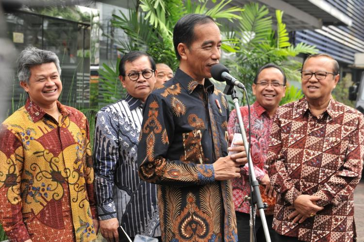 Putuskan Ada Kelalaian Presiden, Presiden Jokowi Akan Kasasi Putusan PT Palangkaraya