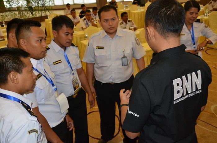 Awak Kapal Patroli Bakamla RI Dibekali Pelatihan Kemampuan Deteksi Narkoba