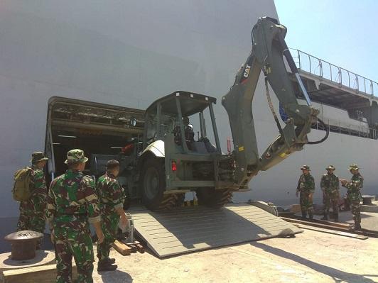 Ratusan Prajurit TNI Tiba di Lombok Bantu Korban Gempa
