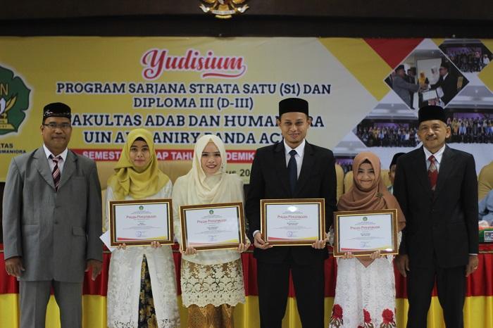 Sebanyak 111 Mahasiswa FAH UIN Ar-Raniry di Yudisium