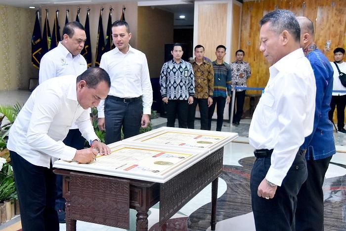 Penandatanganan Perjanjian Kinerja OPD, MenPAN-RB Harapkan Jadi Awal Penguatan SAKIP Pemprov Sumut