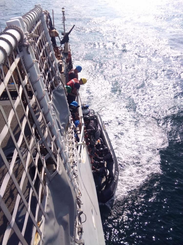 Tim VBSS Bakamla RI Beraksi di Kapal Stratton