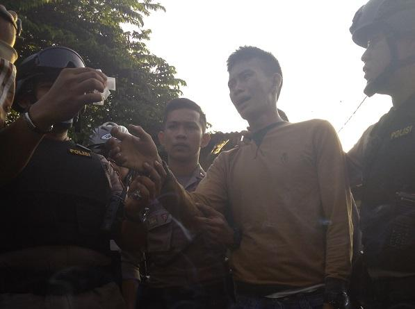 Ditangkap Polisi Edarkan Narkoba, Bang Remon Simanjuntak Merengek Ingat Sama Mamak