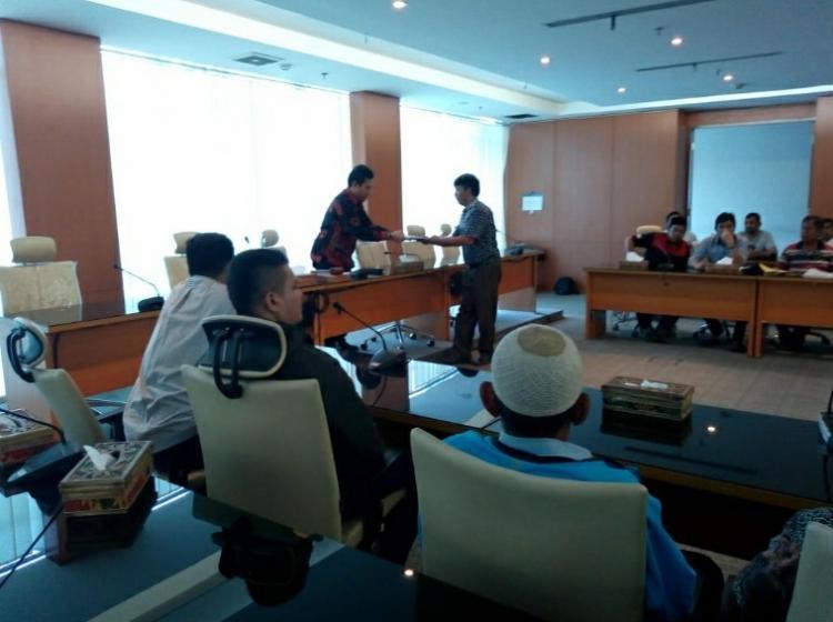 Digusur Pemko, Empat Puluh Eks Pedagang Taman Ahmad Yani Mengadu ke DPRD Sumut