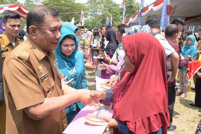 Bupati Deli Serdang Buka Peringatan Harganas ke XXVI dan Pencanangan Bakti Sosial TNI-KKBPK