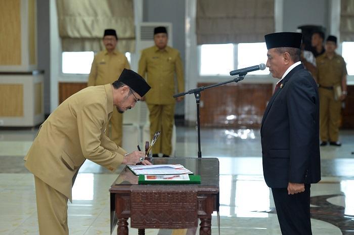Sebanyak 13 Pejabat Eselon III Dilantik Gubernur Sumut