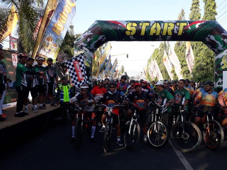 Fun Bike, Bersama TNI Rakyat Kuat