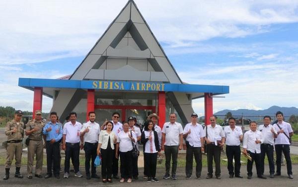 Bupati Tobasa Minta Pengembangan Bandara Sibisa Segera Disosialisasikan