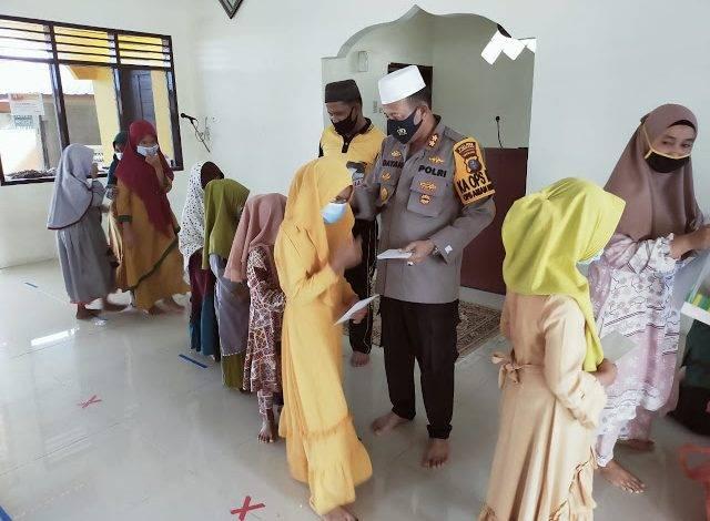 Kapolres Pelabuhan Belawan AKBP Dr Mhd Rahmani Dayan SH MH Santuni 50 Anak Yatim, Syukuran Tahun Baru Islam 1442 H