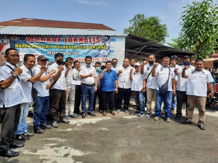 Kuatkan Silaturrahmi, WUPDS G17 Jamu 6 Anggota DPRD yang Berkunjung ke Warkop Jurnalis