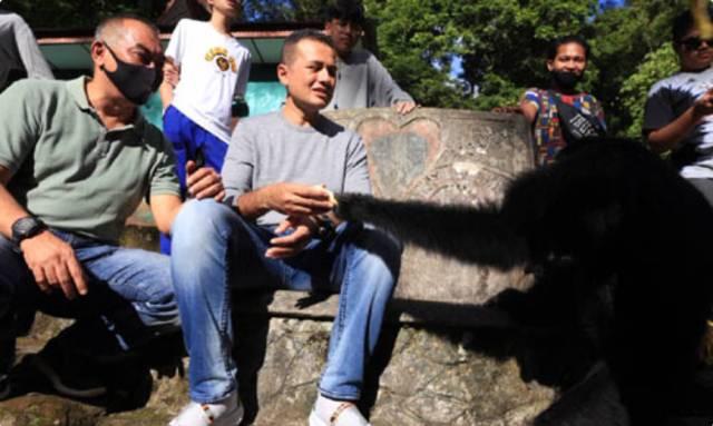 Musa Rajekshah Kunjungi Taman Wisata Kera Sibaganding di Kabupaten Simalungun