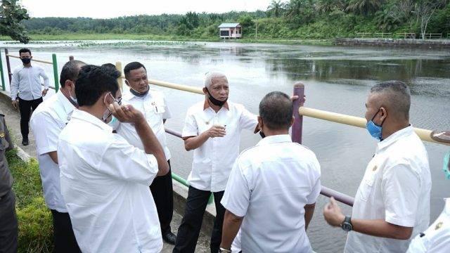 Akan Jadi Objek Wisata, Bupati Asahan Tinjau Danau Teratai di Kecamatan Tinggi Raja