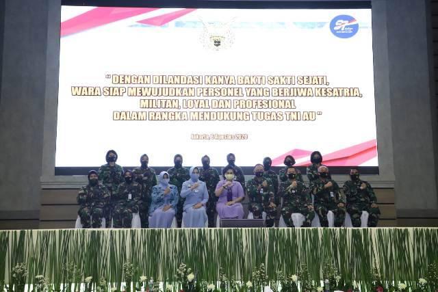 HUT Wara ke-57, Ny Nanny Hadi Tjahjanto: Wanita Angkatan Udara Mengemban Tugas Negara