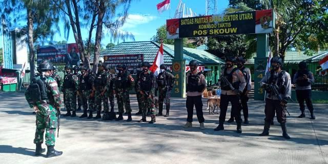 Patroli Gabungan, Satgas Pamtas Yonif 413 Kostrad dan Polsub Sektor Skouw Susur Wilayah Perbatasan RI-PNG