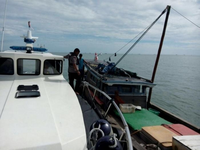 Polda Jambi Amankan Kapal Ikan yang Gunakan Alat Tangkap Terlarang