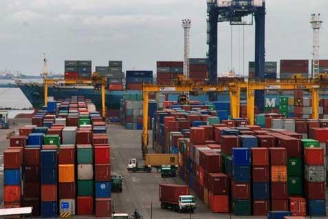 Tim Sapu Bersih Dwelling Time Pelabuhan Belawan Dalami SOP Proses Bongkar Muat