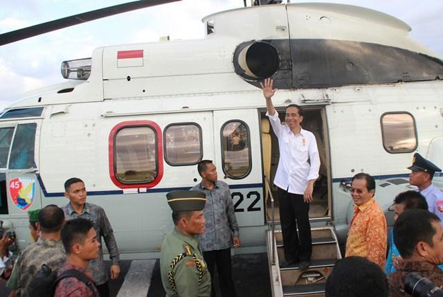 Presiden Jokowi Tinjau Penanganan Bencana Banjir di Garut