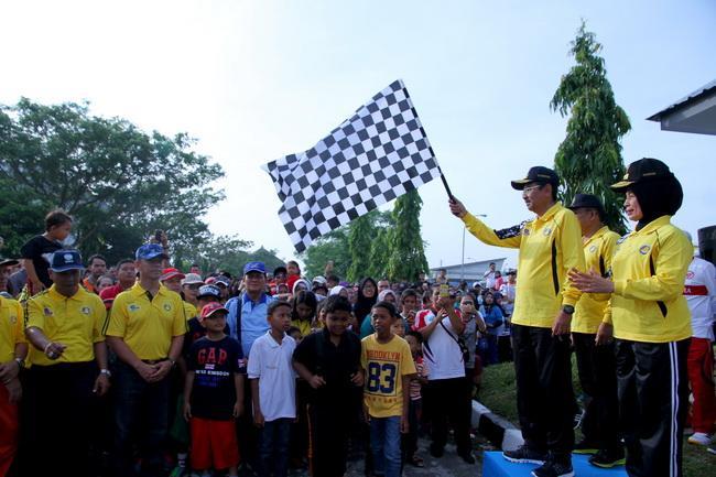 Peringati Harhubnas, Gubernur Sumut Jalan Santai di Bandara Kualanamu