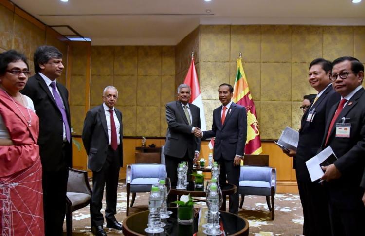 Bertemu PM Sri Lanka, Presiden Jokowi Tawarkan Kerja Sama Paket Lengkap Kereta Api