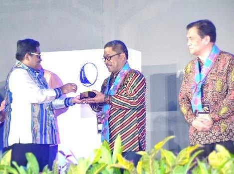 Bupati Tapteng Ditetapkan sebagai Kepala Daerah Inovatif 2018