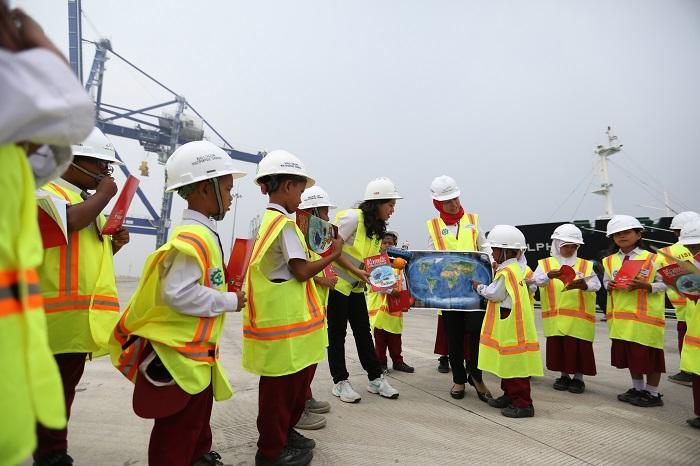 Siswa SD Kabupaten Batubara Belajar Maritim ke Pelabuhan Kuala Tanjung