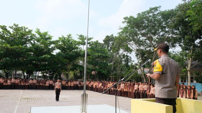 Sambangi SMAN 2 Tanjungbalai, Ini Pesan Kapolres