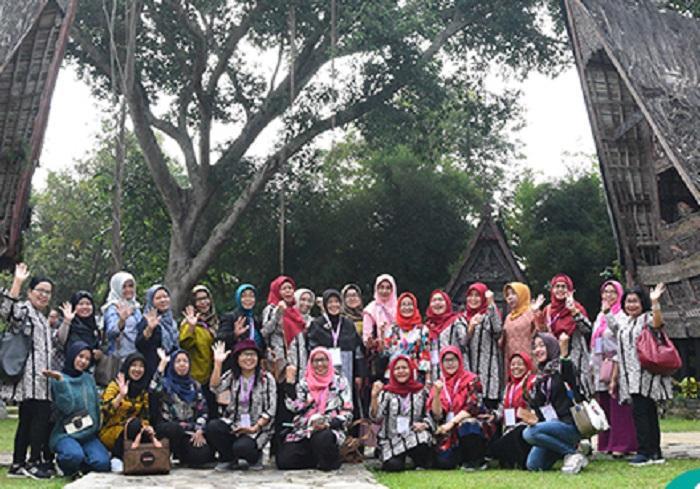 Ladies Programme Forpimnas LPTKN-I 2019 Kenalkan Budaya Lokal dan Pariwisata Sumut