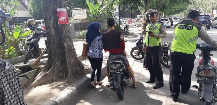 Operasi Patuh Toba, Satlantas Polsek Medan Kota Keluarkan 30 Tilang