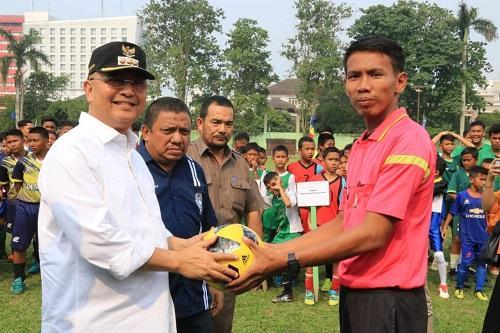 Perebutan Piala Wali Kota Medan Kompetisi Sepakbola U-12, U-14 dan U-16 Dibuka