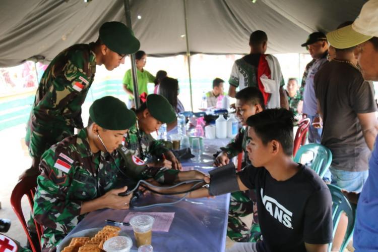 Satgas Yonif 411 Pandawa Kostrad Gelar Donor Darah di Perbatasan RI dan PNG
