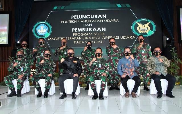 Danseskoau Buka Peluncuran Politeknik Angkatan Udara dan Prodi Magister Baru Universitas Nurtanio di Lembang
