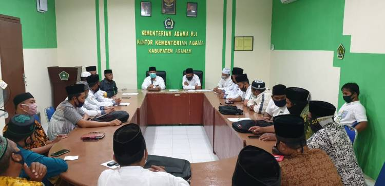 Kakankemenag Asahan Minta Penyuluh Agama Disiplin Laksanakan Tugas di Era AKB