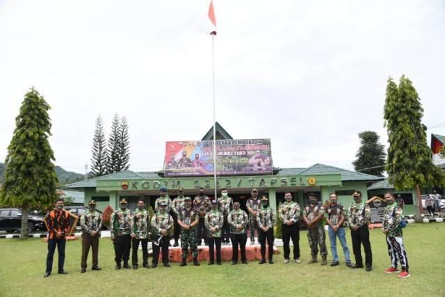 Sambut HUT TNI ke-75, Bupati Tapsel Lepas Safari Wisata Berburu Kawal Samudera 2020