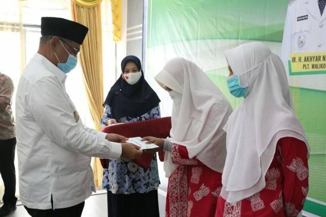 Plt Wali Kota Medan Jamu Makan Kafilah Medan Juara Umum MTQ Ke XXXVII Tingkat Provinsi Sumut