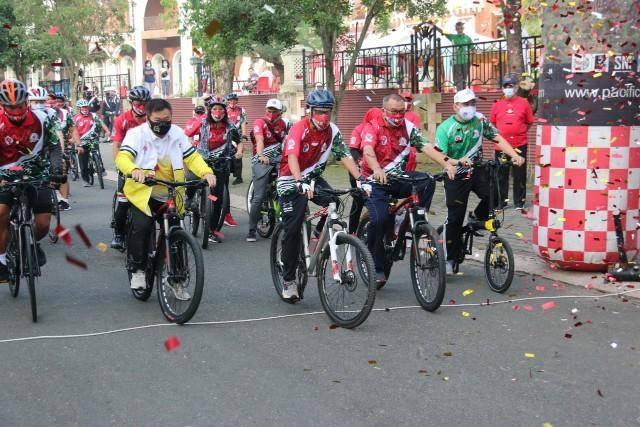 Memperingati Haornas, Pjs Walikota Medan Gowes Bersama Komunitas Sepeda Medan