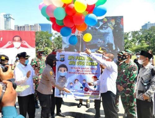 Akhyar Nasution Hadiri Aksi Berbagi Masker dan Kampanye Jaga Jarak di Lapangan Merdeka Medan