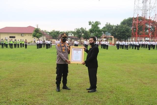 Polresta Deli Serdang Terima Penghargaan Promoter Reward Pelayanan Terhadap Masyarakat
