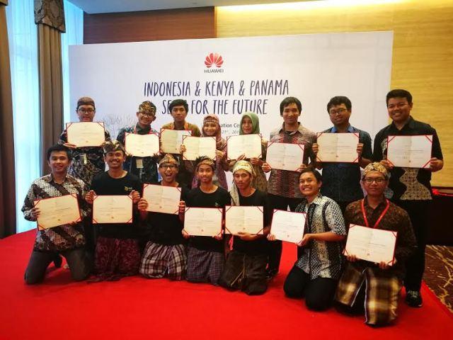 Huawei Undang 15 Mahasiswa Terbaik Indonesia ke Tiongkok
