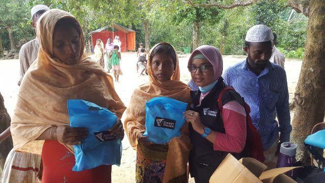 Rangkul Asa Ibu Hamil dan Anak Pengungsi Rohingya