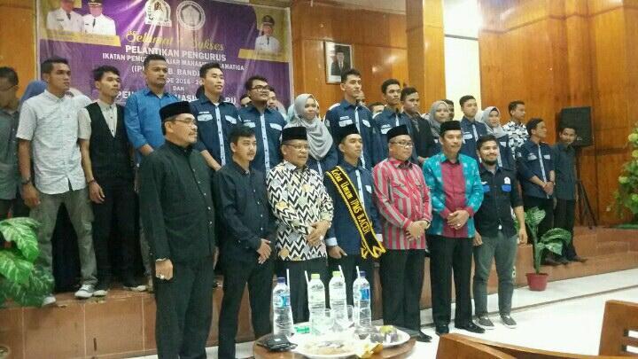 Bupati Aceh Barat Lantik IPMS Banda Aceh