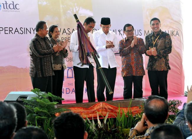Diresmikan, Presiden Jokowi Pesan Bangunan di KEK Mandalika Jangan Niru Model Bali Atau Spanyol