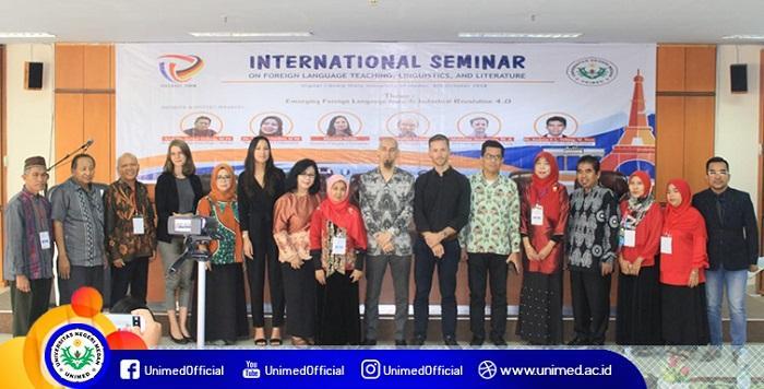 Tingkatkan Kompetensi Bahasa Asing, FBS Unimed Gelar ISFLATEL 2018