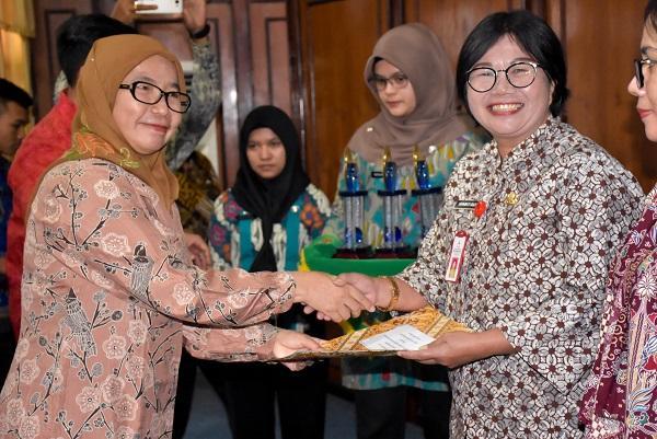 13 Kabupaten/Kota di Sumut Terima Penghargaan Raskin Award