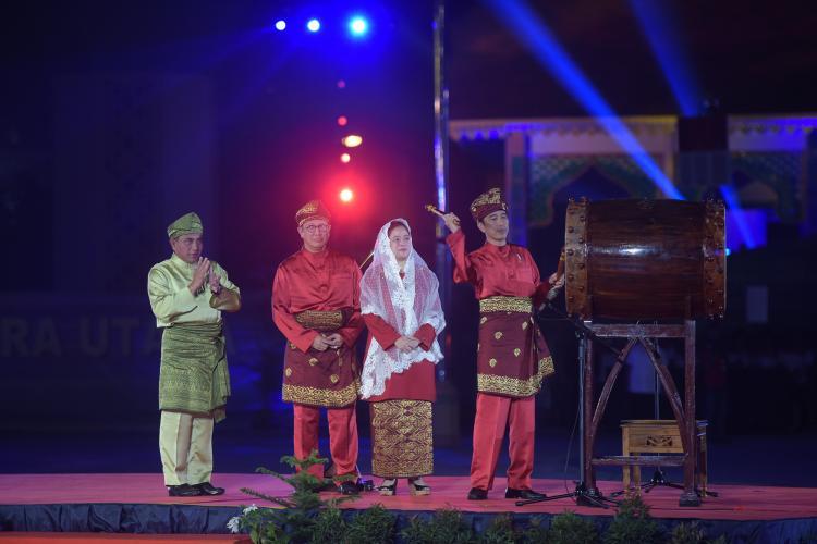 Presiden Jokowi Buka MTQ Nasional XXVII 2018, Puluhan Ribu Massa Penuhi Astaka