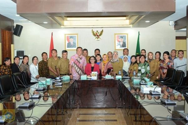 Di Hadapan Tim Verifikator Pusat, Bupati Pakpak Bharat Presentasikan Pengarusutamaan Gender