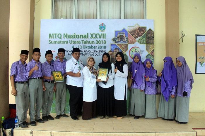 Aktif Hadir di MTQN XXVII, Yayasan Datuk Abdullah Dapat Hadiah