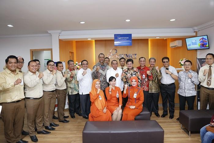 Gubernur Harapkan Bank Sumut Besarkan Nama Sumut di Batam