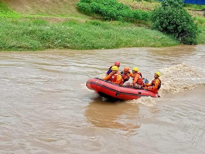 Remaja Hanyut di Sungai Tembung, Korban Masih Dalam Pencarian